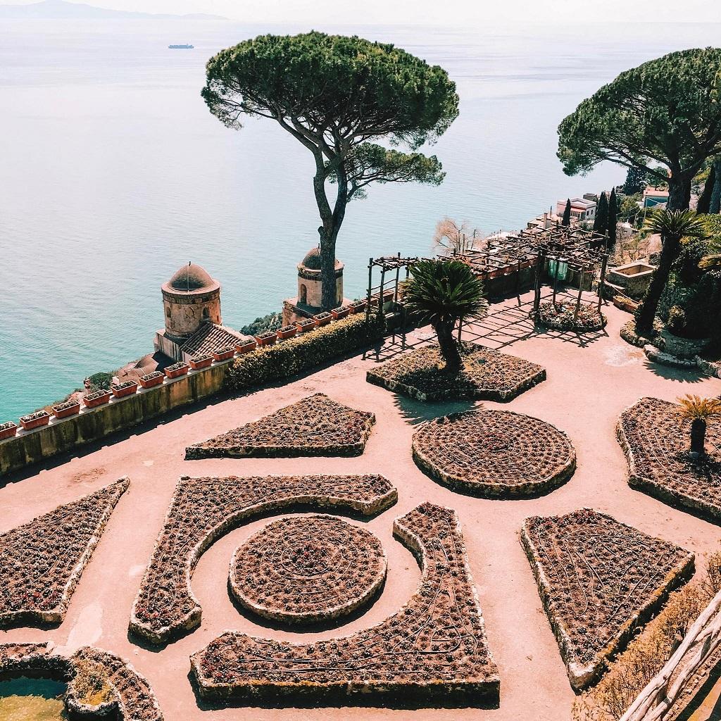 Villa Rufolo, panoramska terasa - čudovite vile in vrtovi Ravella