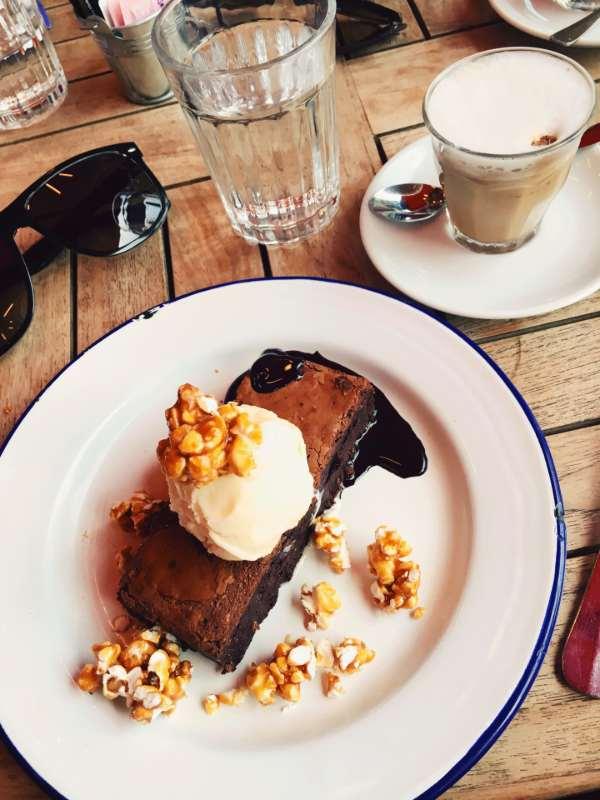 Jamie's Italian - epic chocolate brownie